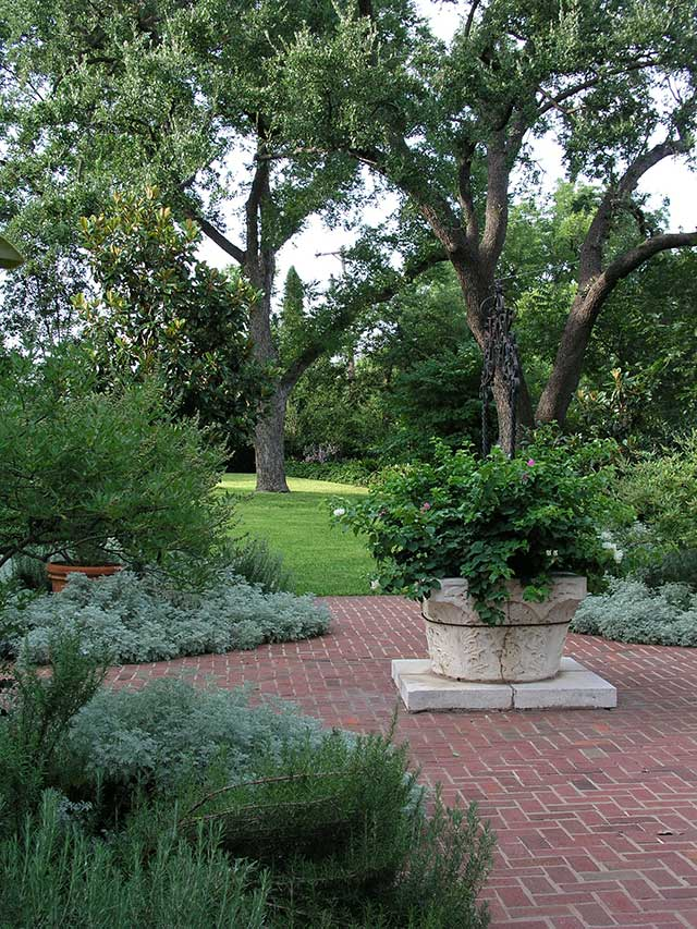 Garden studio landscape design in san angelo texas by for Garden design studio